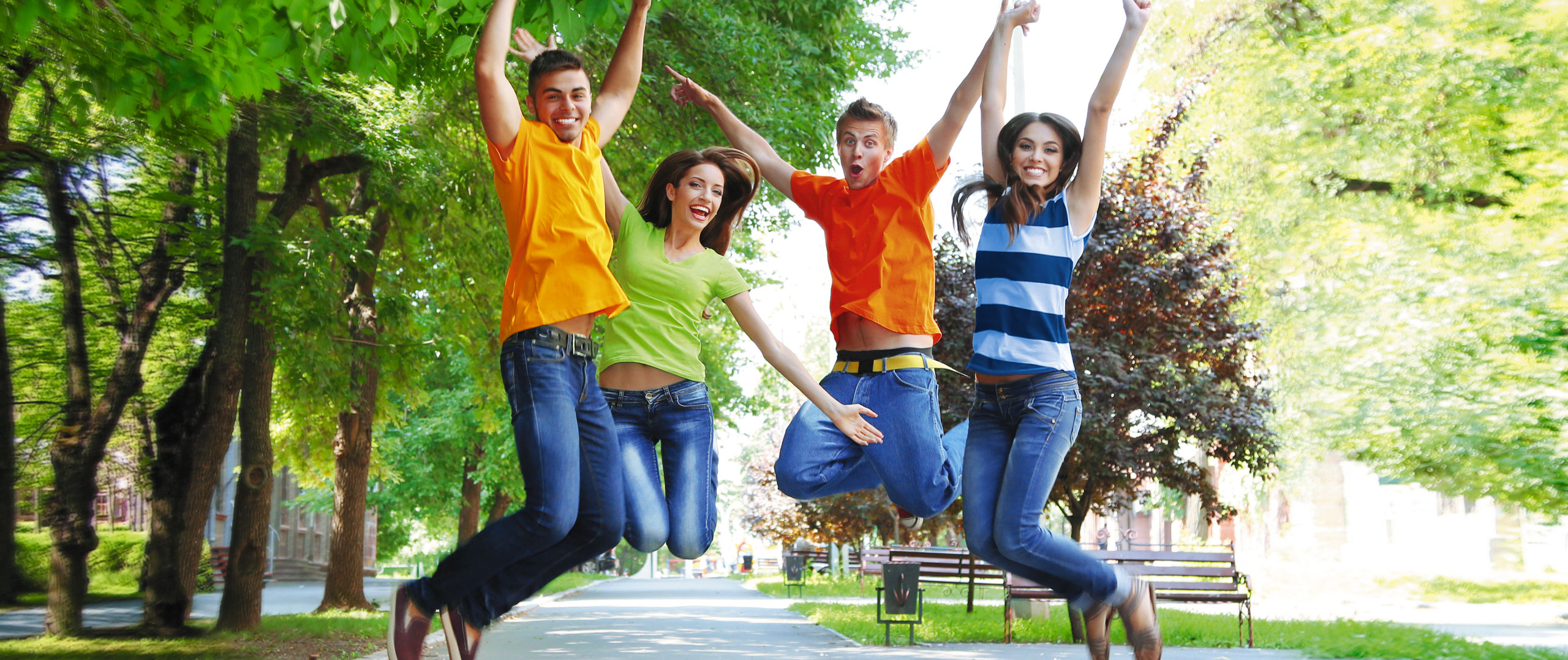 Banner_young-people-jumping_.jpg